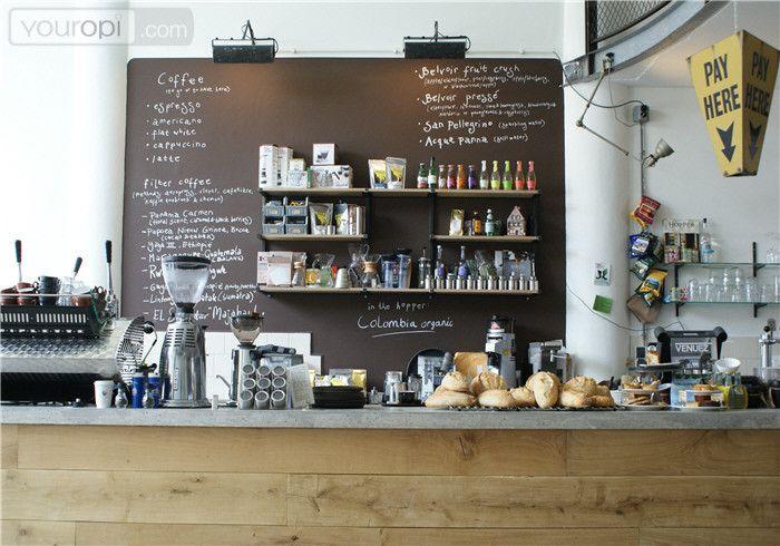 Hopper is een koffiebar in Rotterdam. De inrichting is open en industrieel. Het…