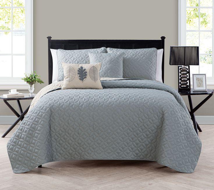 25 Best Ideas About Hague Blue On Pinterest: 25+ Best Ideas About Navy Blue Comforter On Pinterest