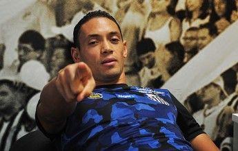 Cirurgia no joelho é descartada, e Ricardo Oliveira segue tratamento  http://santosjogafutebolarte.comunidades.net/a-sua-loja-santista