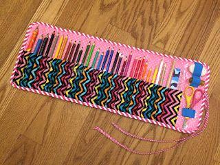 DIY crayon or pencil case / Tutorial piórnik na kredki