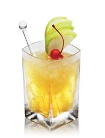 Disaronno Apple Pie- Disaronno, vodka and apple juice. YUMMMMM