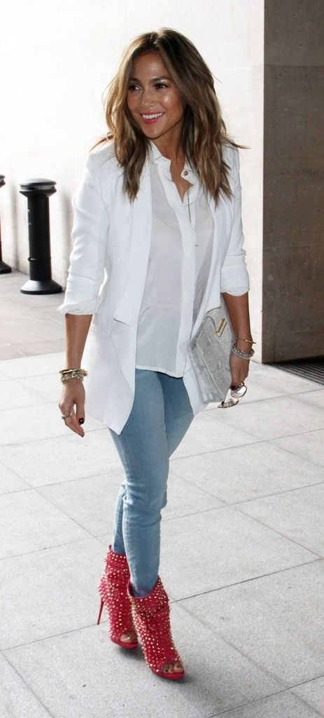 "fabfashionfix: "" Celebrity spring street style —> Jennifer Lopez in London """