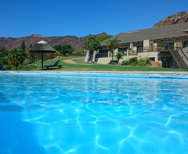 Here are our top ten reasons why Piekenierskloof Mountain Resort is WOW!