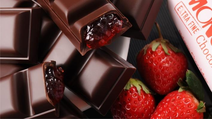 Pure strawberry fruit paste covered by dark Javanese chocolate, what more do you need? Monggo!