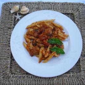 Penne con pesce spada e melanzane. Condivisa da: http://kettiskingdom.blogspot.it/
