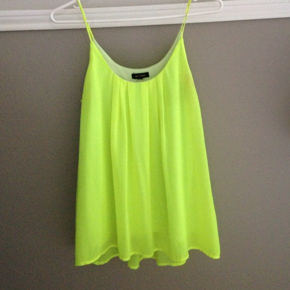 Super cute neon shirt Like new, medium shirt, super bright! Can be dressed up or down.      Not forever21 just labeled for exposure, washed and cleaned before shipping 💕 Forever 21 Tops