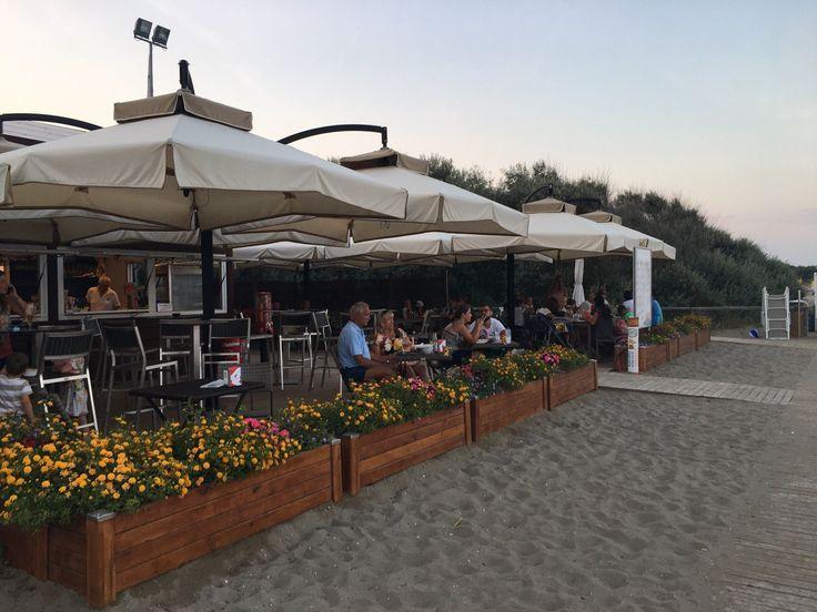 Chiosco Sun&Sea: Chiosco in spiaggia  - Guarda 23 recensioni imparziali, 23 foto di viaggiatori, e fantastiche offerte per Eraclea Mare, Italia su TripAdvisor.