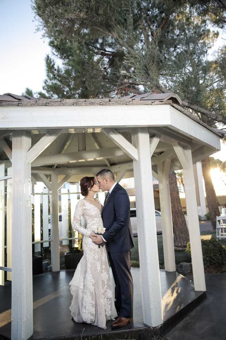 1000 images about gazebo weddings las vegas weddings on for Most romantic wedding venues