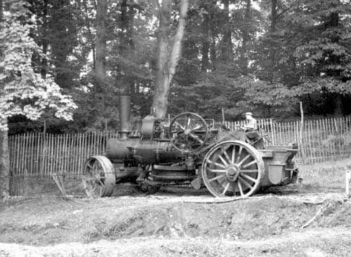 Fowler Steam Engine, Dredging