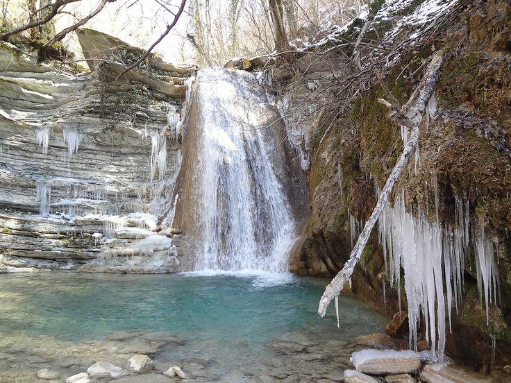 Водопады в щели Ольховой, п. Михайловский перевал