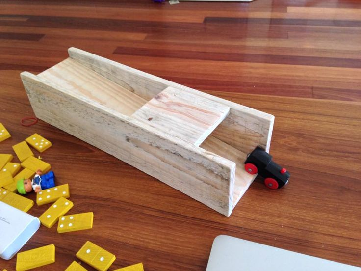 Reclaimed pallet wood slide for toy cars