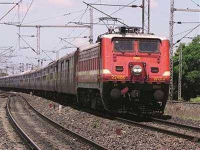 Indian Railways to set up additional 8,500 km of transmission lines to end dependence on state discoms.
