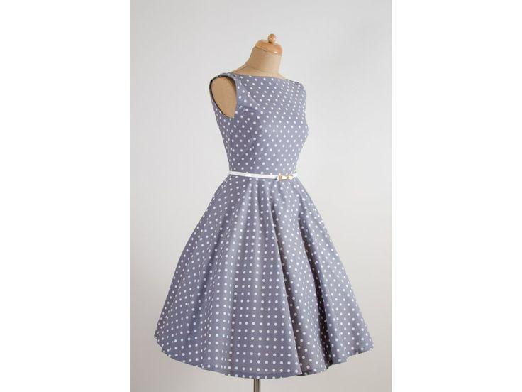 SUSAN šedé retro šaty s bílým puntíkem. lodičkový výstřih knoflíčky na zadní straně kolová sukně pásek s ozdobnou sponou délka sukně 60 cm, zip na boku skladem velikost 40