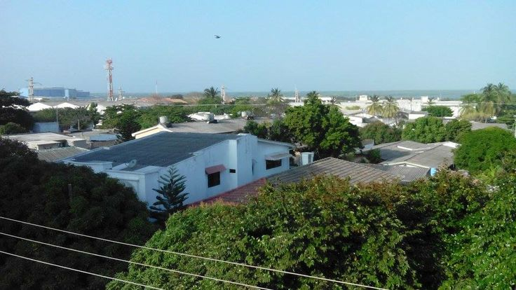 Casas, Empresas  (Rio Magdalena fondo)