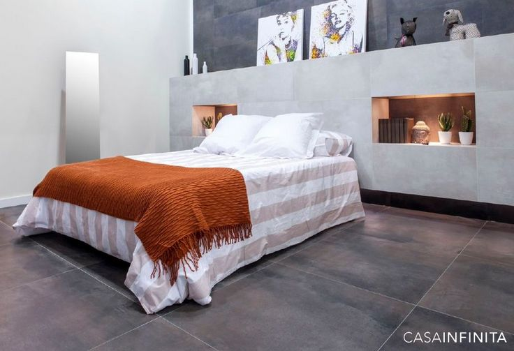 #dormitorio cálido con #revestimiento y #pavimento de la colección Leeds de #CASAINFINITA www.casainfinita.com