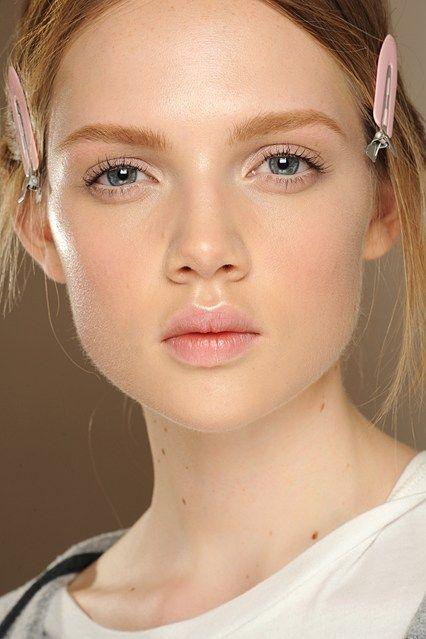 Couture Beauty: Autumn/Winter 2013-14 Hair & Make-Up (Vogue.com UK)