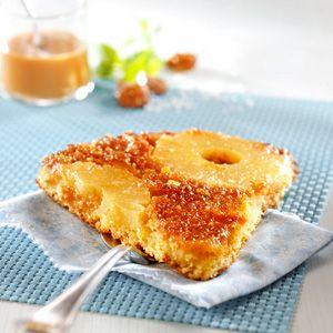 Gâteau ananas, noix de coco et caramel beurre salé
