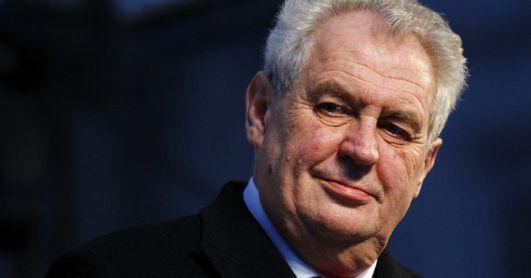 Προκαλεί ο Τσέχος Πρόεδρος: Σε ακατοίκητα ελληνικά νησιά οι μετανάστες χωρίς άσυλο