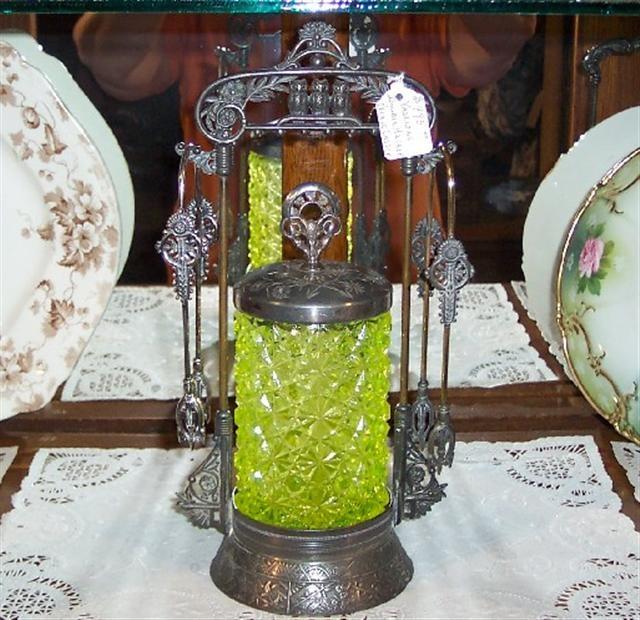 Victorian Vaseline Double-Tong Pickle Castor