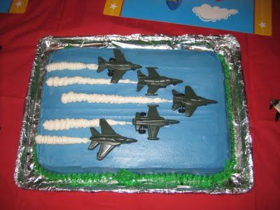 Blue Angels airplane cake... Uncle J would love this one :)
