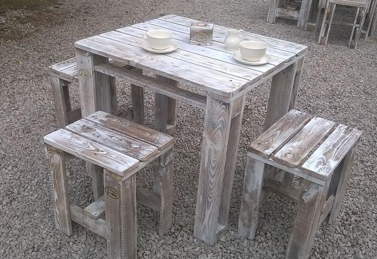 kwadratowy stolik kawowy z-eco https://www.facebook.com/zecomeblezpalet/