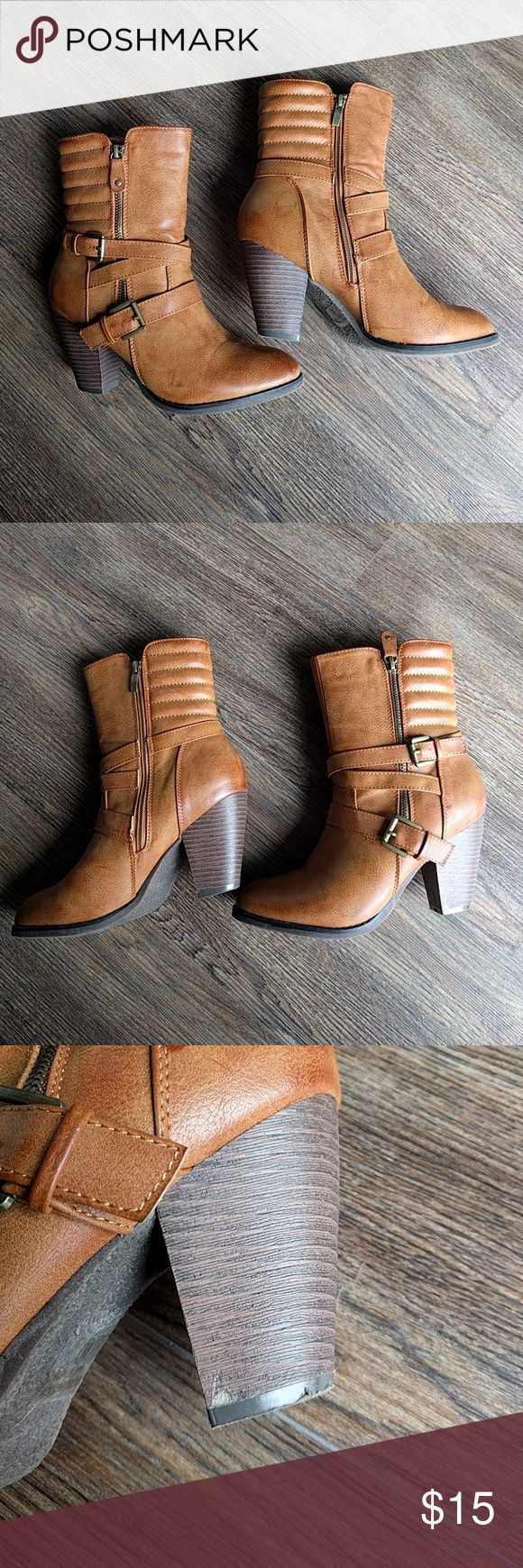 Brown womens boots size 8.5 Camel brown with orange undertones. Only worn once. Very slight flaws show in pics. One small scuff on toe and one on heel. Overall great condition. Fits true to size. Nature breeze brand Shoes Ankle Boots & Booties