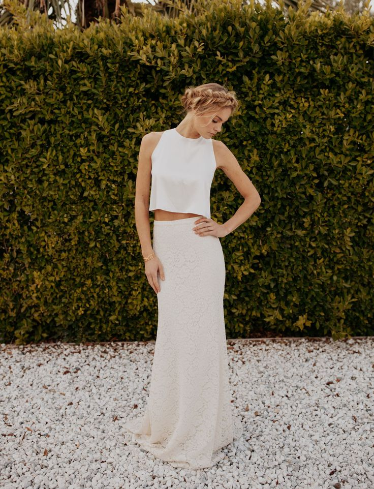 Rennes Top by Sarah Seven available at The Bridal Atelier www.thebridalatelier.com.au @thebridalatelier #sheisthebridalatelierbride
