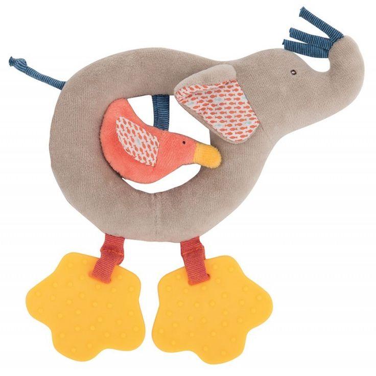 Met deze grappige olifant ring-rammelaar kunnen kleintjes heel leuk spelen. In het midden van de rammelaar zit een vogeltje dat knispert als je het aanraakt  en de 2 pootjes zijn bijtfiguren. €19,50
