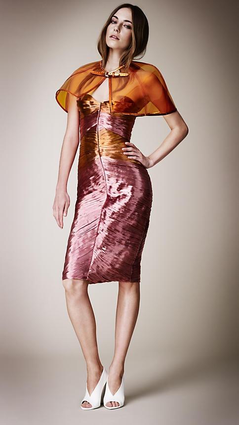 Burberry: Vinyls, Awesome Fashion, Vinyl Capelet, Python Vinyl, Vinyl Fabric, Metallic Vinyl, Burberry 2013, Python Capelet
