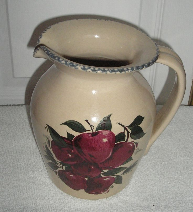 Attractive HOME AND GARDEN PARTY APPLE BELLY PITCHER 1/2 GALLON