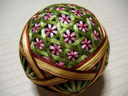 花籠 beautiful tamari ball