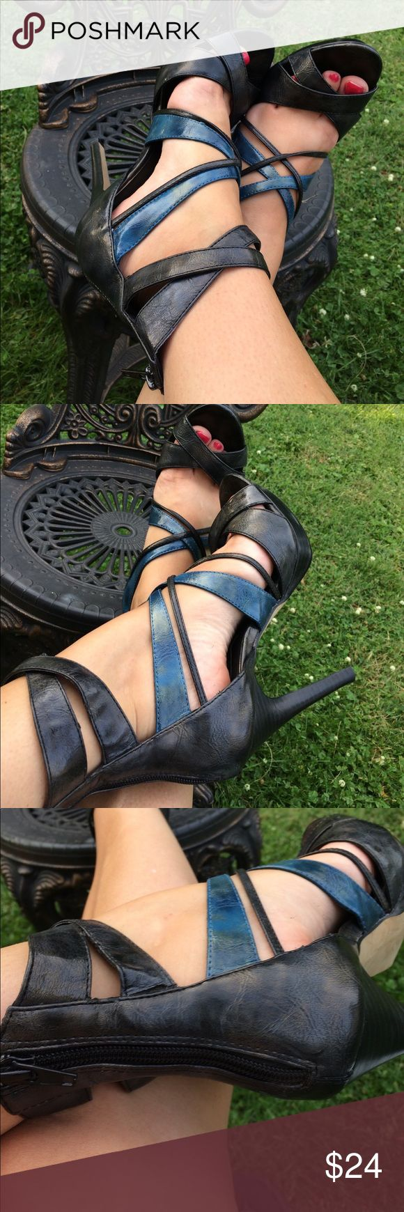 """Steve Madden Luxe Gray and Blue Strappy Heels 8M Steve Madden Luxe Strappy gunmetal gray and blue 5"""" Heels. Zip up the back. Some slight Wear near straps and on bottoms - black marks on bottoms. Otherwise in excellent condition. Size 8M steve madden luxe Shoes Heels"""