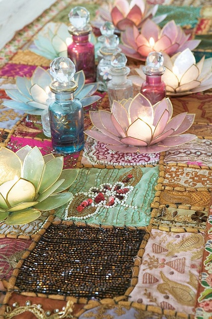 gorgeous!: Lotus Candles, Tables Sets, Gypsy Soul, Lotus Flowers, Candle Holders, Colors, Candles Holders, Teas Lights, Tables Runners