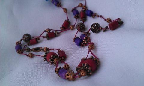 Nyaklánc bordó és lila gyöngyökből, Gaboca, meska.hu