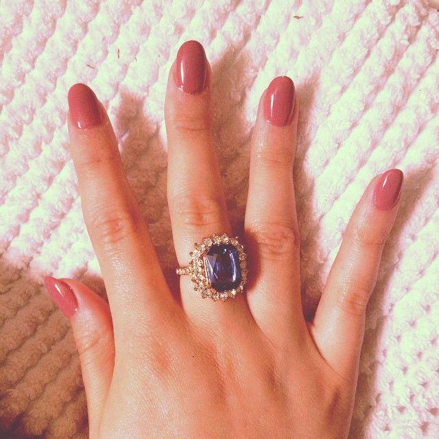 Pretty pink round nails - acrylics notabigwriter.com ...