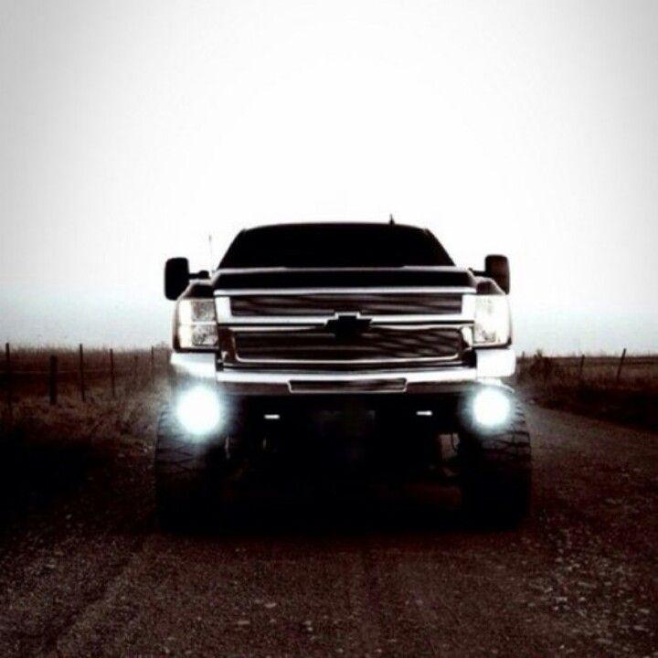Chevy Big Trucks... Now that's my kinda truck