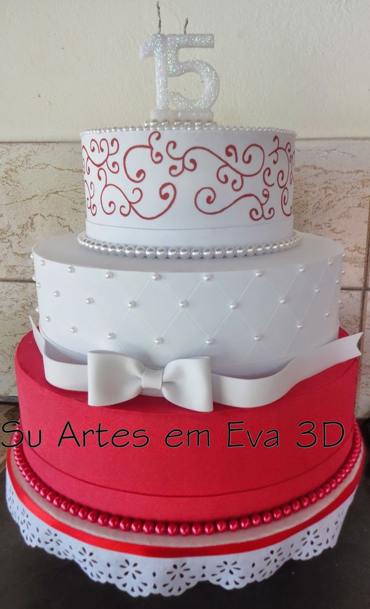 su artes em eva: Meu primeiro bolo fake em eva ficou lindo.