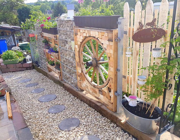 Diy Garten Sichtschutz Holz Palette Steine Zaun Steinwand