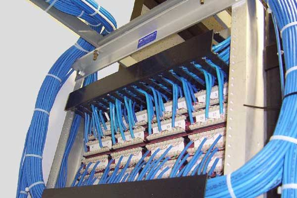 Get a quick Configuration, Service Integration & Flexible support for any type ofNetworking and Cabling