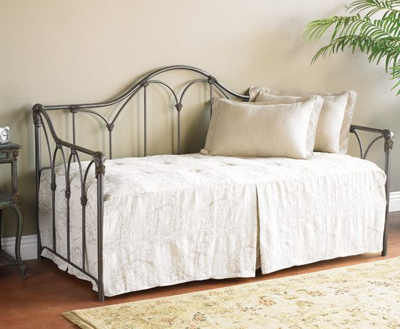 54 Best Images About Iron Beds On Pinterest Quilt White