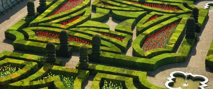 """9 labyrinths in France that you can't miss! Discover incredible """"natural enigmas"""" alone, with friends or with the family for an unusual and original holiday"""