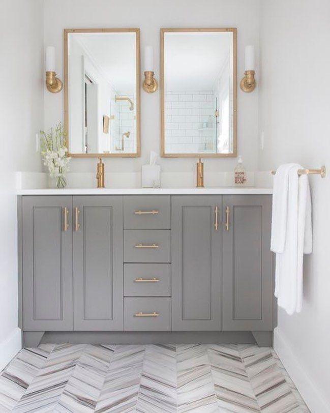 Lovely and inspiring bathroom ideas. Bathroom decor, bathroom storage, bathroom solutions, simple solutions for the bathroom, bathroom inspiration, bathroom renos, bathroom renovations, white bathrooms, contemporary bathrooms, glam bathrooms, farmhouse style bathrooms, traditional bathrooms, transitional bathrooms, shabby chic bathrooms, French cottage bathrooms, French country bathrooms, modern bathrooms, dream bathrooms, small bathrooms, designer bathrooms, powder rooms, water closets.