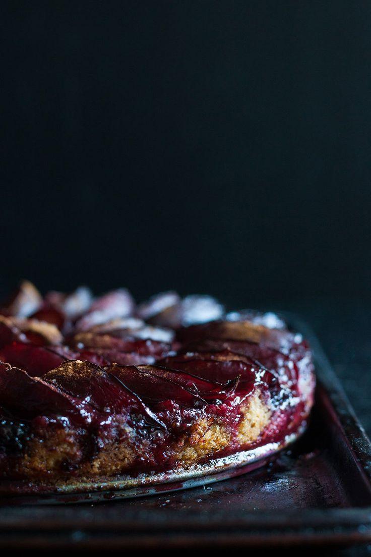 Rosemary Shortbread Cake with Plum + Blackberry - HELLOMYDUMPLING