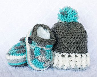 Baby Boy Set. Baby Boy Hat and Booties Set. by DaisyNeedleWorks