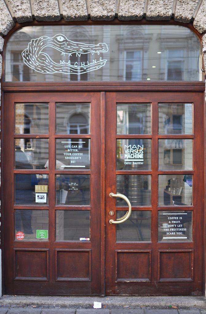 Auf fraeuleinanker.de gibt es viele Specialty Coffee Empfehlungen. Was specialty coffee ist? Das gibt es heute im München-Tipp zu lesen, dem Man Versus Machine.