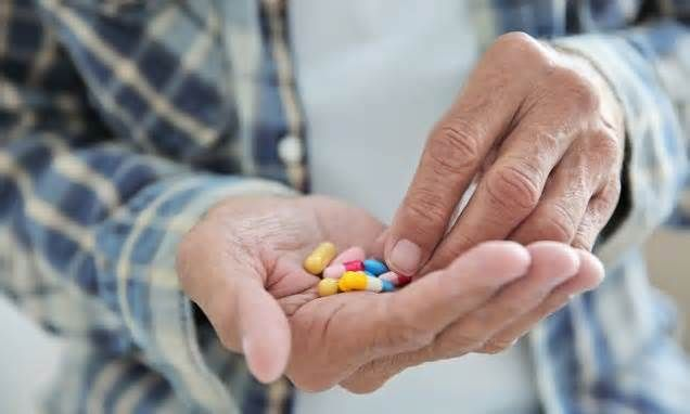 Over-the-counter and prescription acid reflux pills taken by millions 'raise the risk of stomach cancer by up to eight-fold' if they are used regularly Indigestion pills taken by millions of Britons significantly increase the risk of stomach cancer, a major study has found. Scientists say people who regularly use proton pump inhibitors (PPIs) – common drugs used to treat acid reflux – are twice as ...