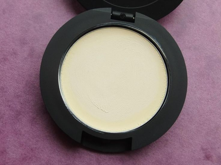 NEW POST! Review   Dainty Doll Eyeshadow Base in 01 Frankie Girl #blog #blogger #bbloggers #bbloggerspost #beautychat #beautybloggers #fblchat #tbloggers #raspberrykiss #daintydoll #nicolaroberts #cheap #budget #pursefriendly #affordable #discountuk #frankiegirl #eyeshadowbase #review