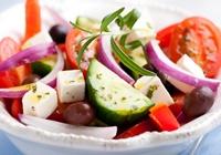Insalata di cetrioli con capperi e coriandolo – Le ricette di ViviDanone