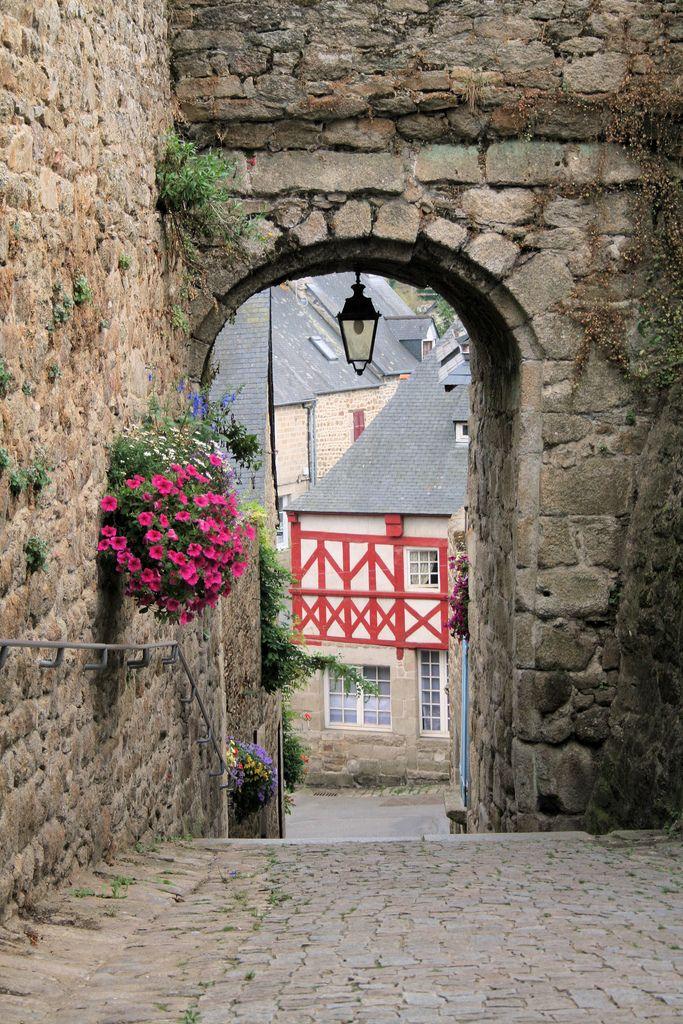 Moncontour, Bretagne, France