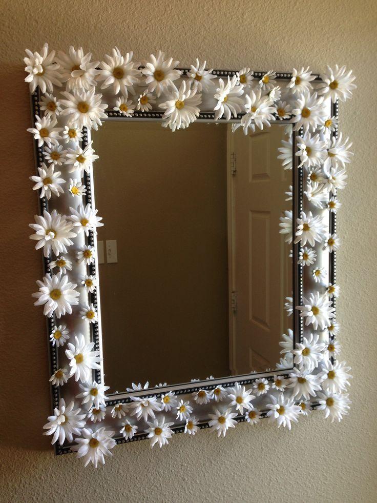 DIY daisy mirror